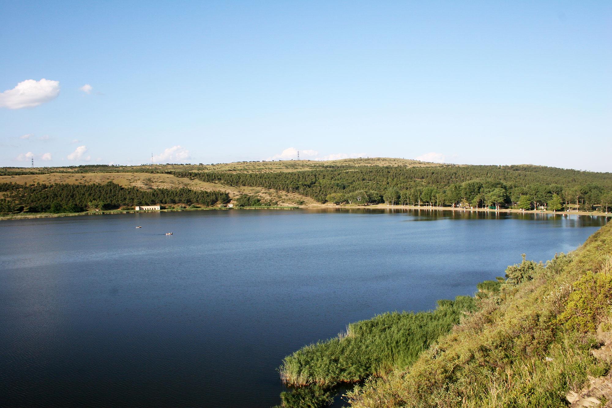 Lisi_Lake